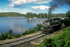 Essex Steam Train in Deep River 2011